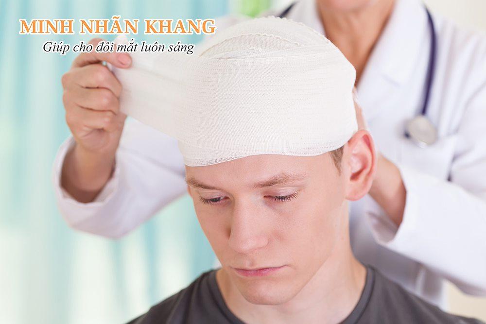 Chấn thương vùng đầu có nguy cơ gây teo dây thần kinh thị giác